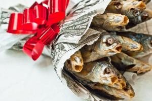 Подарок на 23 февраля для рыбака