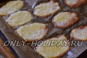 Выпечь печенье