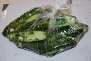 вкусные рецепты огурцов в пакете за 5 минут