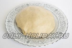 Приготовить песочное тесто для печенья на Хэллоуин