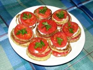 Жареные кабачки с помидорчиком