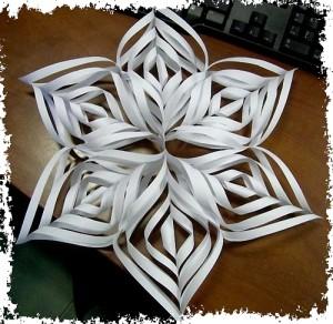 Объёмные снежинки из бумаги своими руками