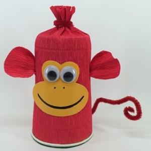 обезьянка из пластикового стакана своими руками