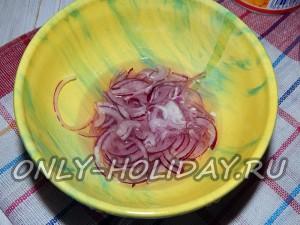 Замариновать лук для салата Искушение