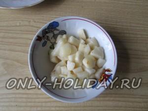 нарезать грушу для салата Обезьянка