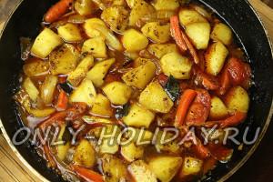 овощи в сковороде готовить до мягкости