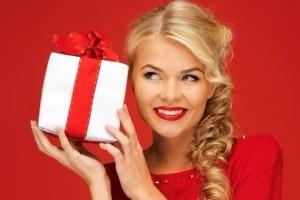 Что подарить на Новый год недорого девушке