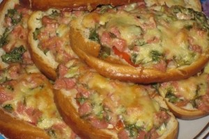 Горячая закуска с ветчиной и сыром