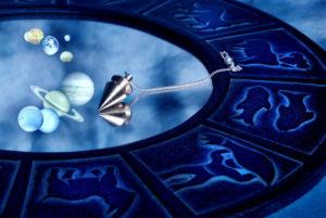Год Петуха 2017, гороскоп для всех знаков от Василисы Володиной