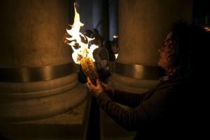 передача благодатного огня