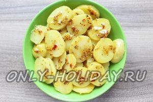 замариновать картофель в соусе