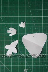 вырезать из бумаги детали петушка