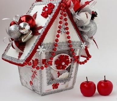 "Новогодний домик из коробки ""Рафаэлло"" своими руками, мастер-класс"