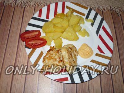 оладьи из куриного филе с майонезом и сыром