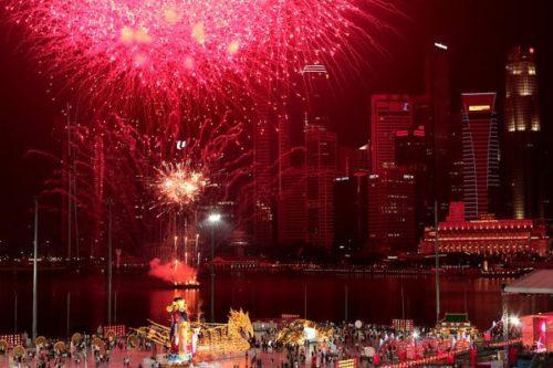 Китайцы отмечают новый год целых 15 дней