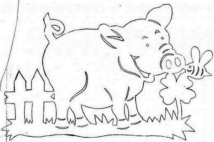 Свинья с цветочком