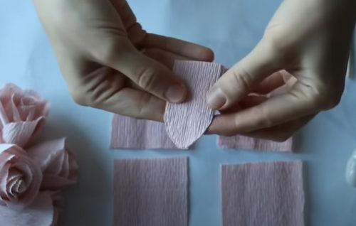 Каждый квадратик складываем пополам