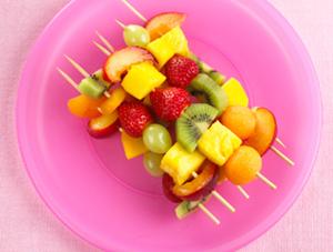Канапе на праздничный стол из фруктов