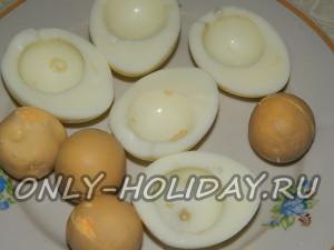 Разделить яйца
