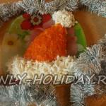 Салат «Шапка Деда мороза» с курицей