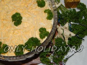 Салат Мимоза с консервой и сыром: классический рецепт с фото