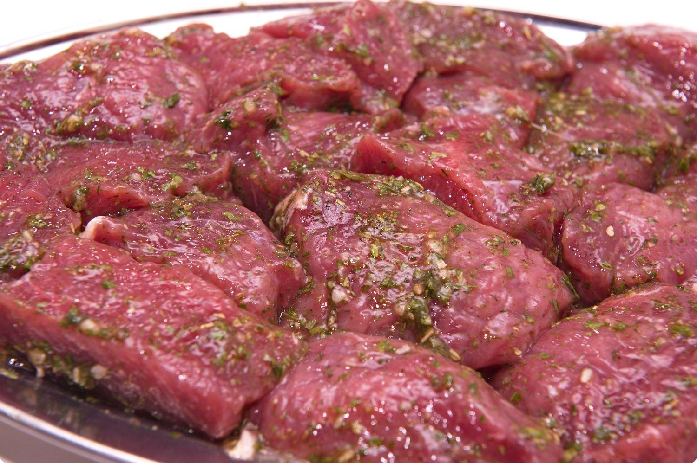 В чем мариновать говядину чтобы она была мягкой