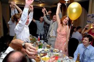Конкурсы на день рождения для взрослых смешные дома