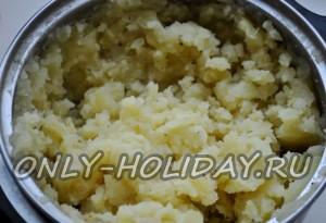 размять картофель в пюре