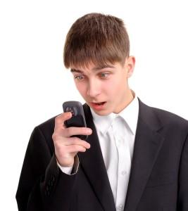 Как разыграть парня на 1 апреля: по телефону