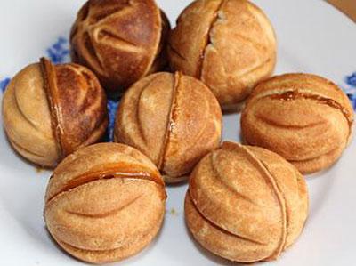 Орешки со сгущенкой: классический рецепт