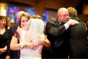 поздравления от мамы дчери на свадьбу трогательные в прозе