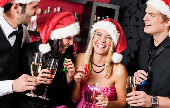 Пойти к друзьям на новый год